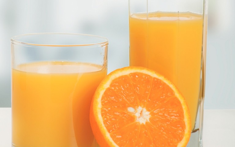 determination-of-carbendazim-and-benomyl-residues-in-oranges-and-orange-juice-by-automated-online-sample-preparation-using-tlx-lc-msms