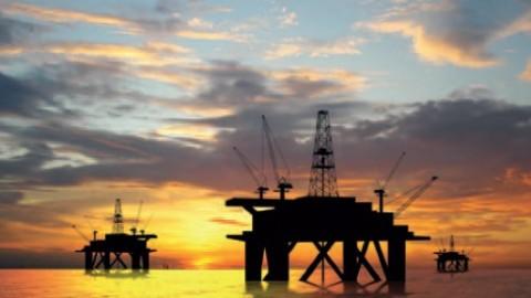 Oil-rigs-resized-600.jpg